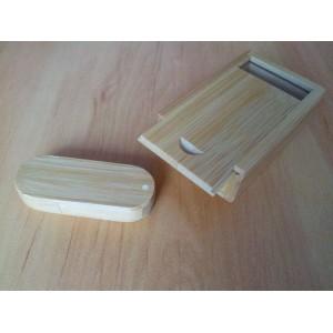 Dřevěný flash disk 16 GB v krabičce